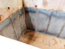 Uued terasplaadid vanni seinte ääres